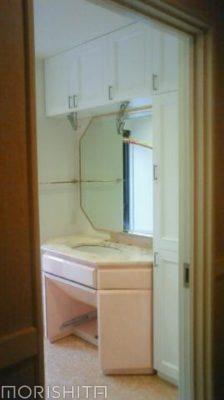 洗面収納棚